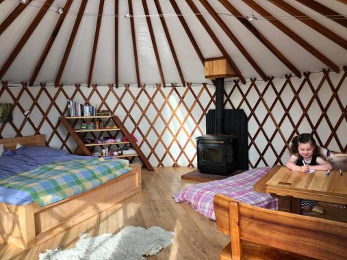 Yurt (3)
